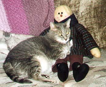 Pet me, Baby! Pet me! Then I'll letcha pet my cat!